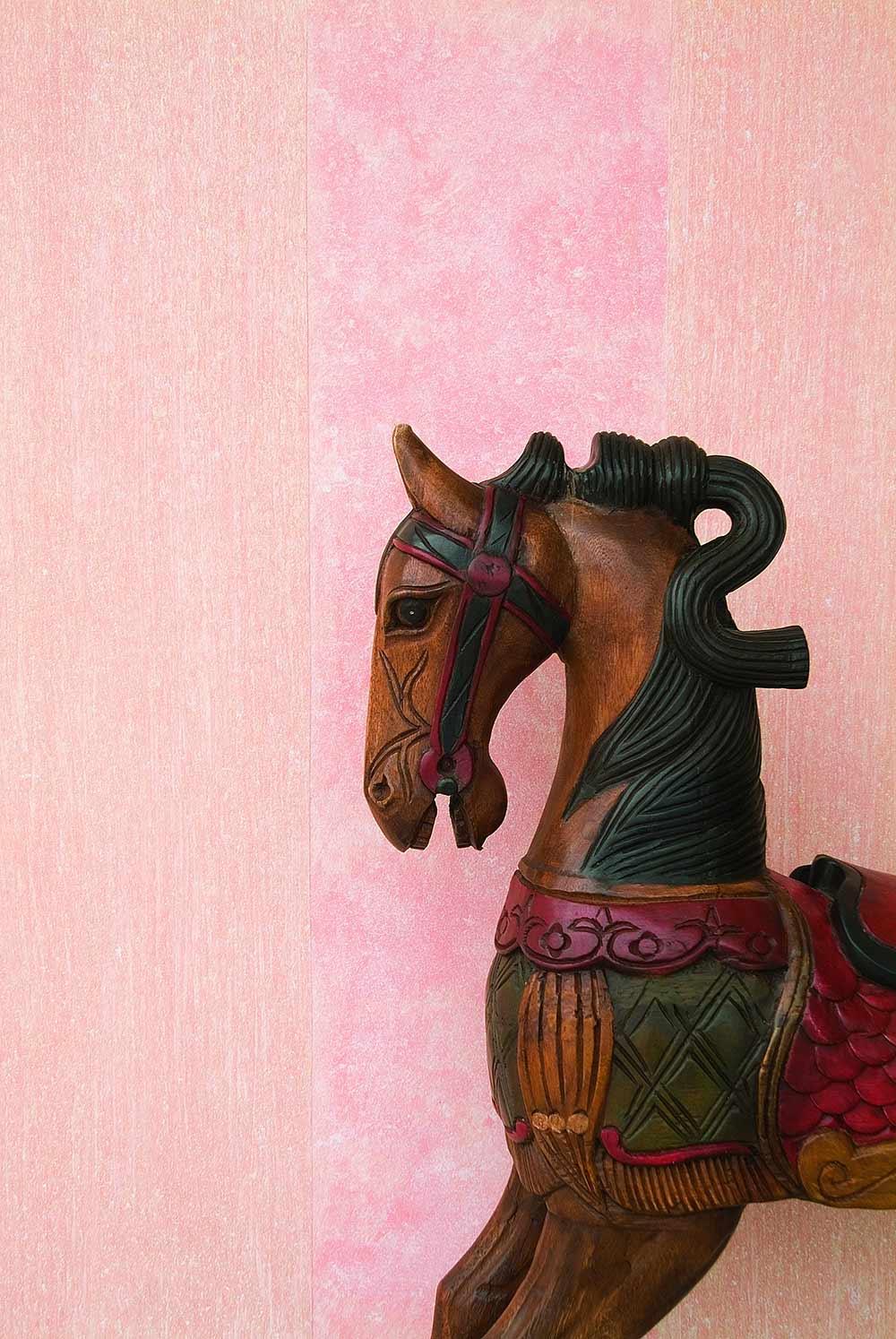 Воск для декоративной венецианской штукатурки – первый рубеж защиты